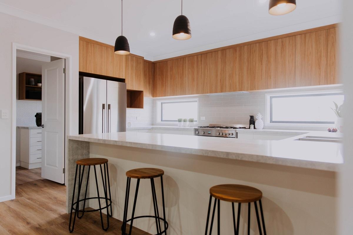 017 Alatalo Bros - kitchen cabinets - kitchen - interior design - cabinet design - Flair cabinets - kitchen island design - custom home design - builders - local builder - kitchen cabinets - timber - family kitchen - new homes