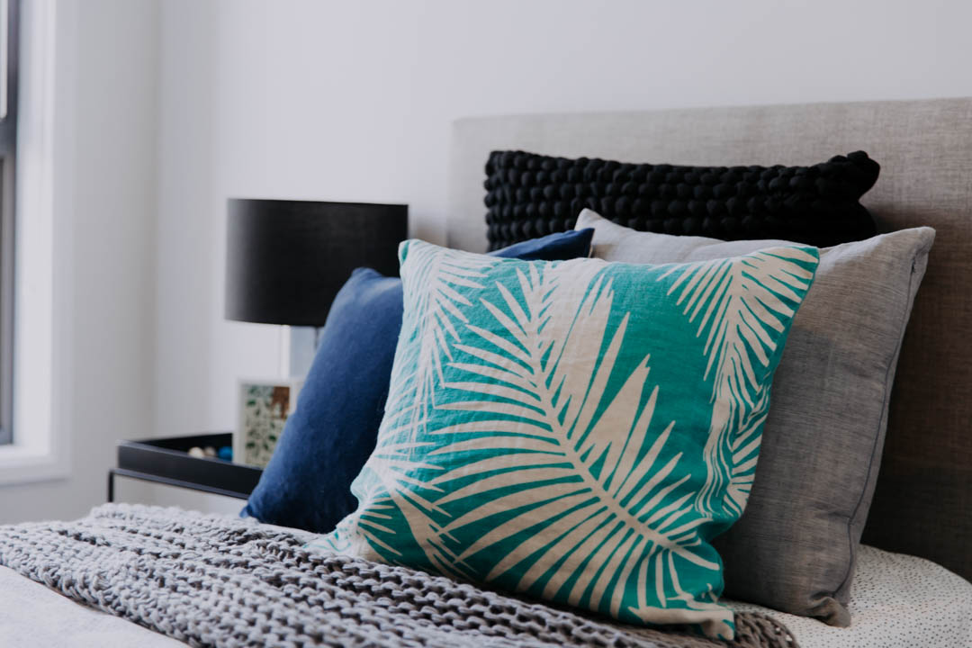 034 Alatalo Bros - home design - bedroom - cushion - detail - blue - boys room - interior design - new homes - builders - bed - interior design service - colour consultant