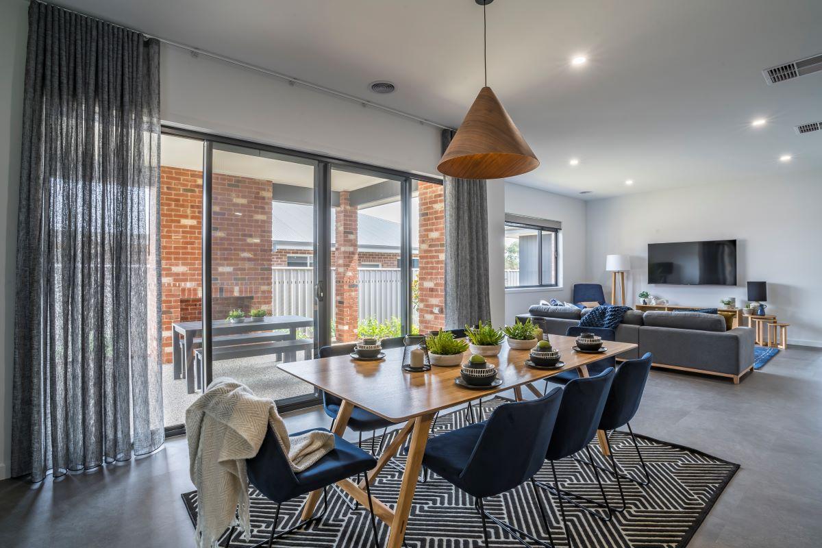 dining area-display home-alatalop bros- the rosella-avalon park-family home-wodonga builder- interior design- alatalo interiors