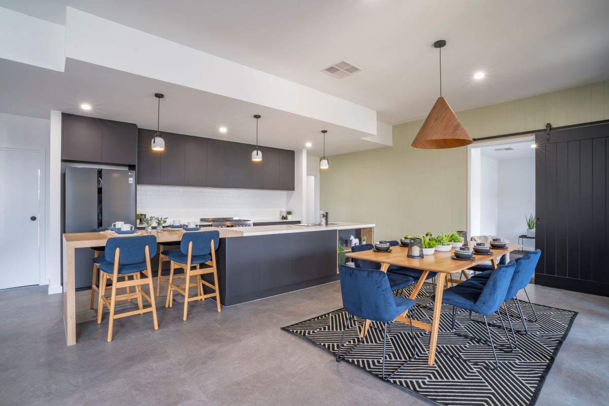 display homes-wodonga- albury-the rosella- alatalo bros- home design- kitchen design-black kitchen-dining area-builders-interior design